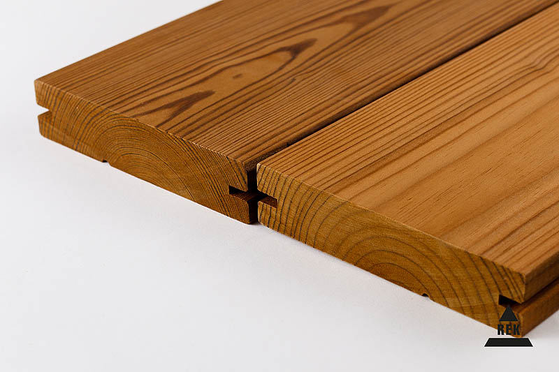 We offer various dimensions and profiles of thermally modified wood from 3.0-5.4 m in length.